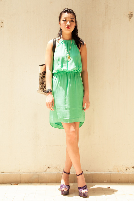Aijek Double Strap Stella Dress in mint. Model carries with her DEBB canvas tote and a Granny's Day Out vintage necklace